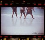 menikmati pasir
